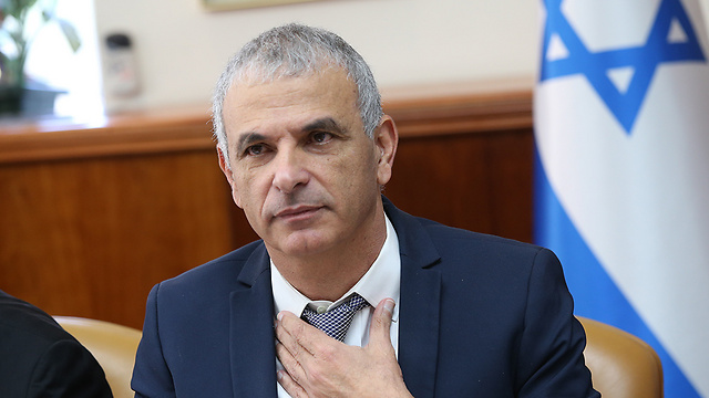 Finance Minister Kahlon's Net Family plan should go a long way towards helping Israel's middle class (Photo: Alex Kolomoisky)