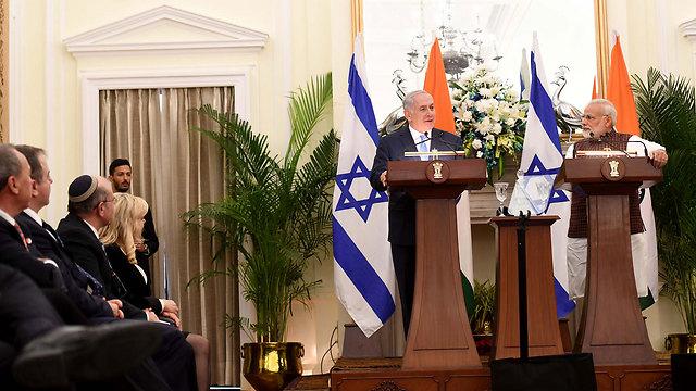 Netanyahu (L) and Modi (Photo: Government Press Office)