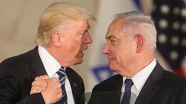 טראמפ עם נתניהו בביקור בישראל בשנה שעברה (צילום: AFP) (צילום: AFP)