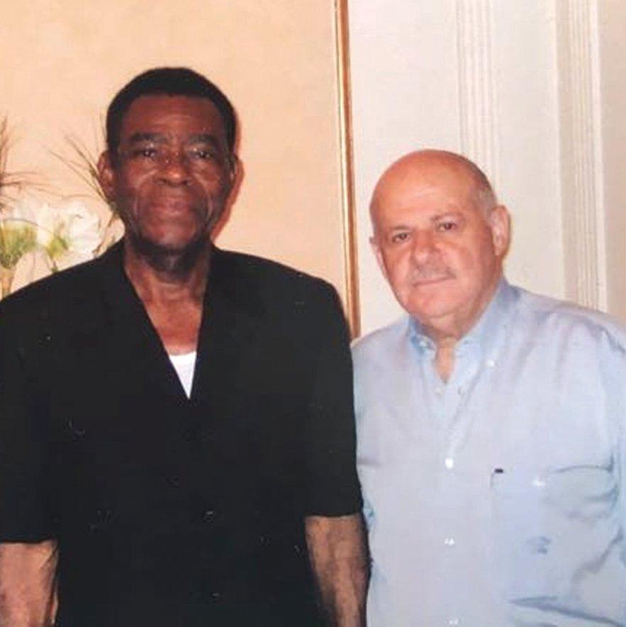 אליה והנשיא  אוביאנג בפגישה  בגינאה המשוונית