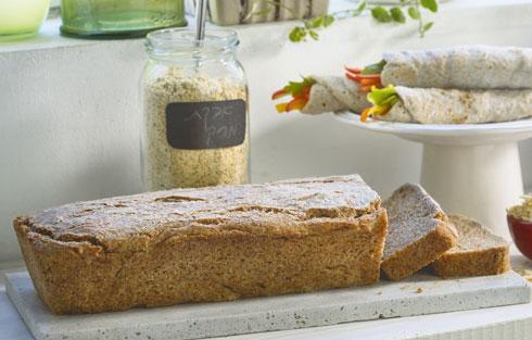 לחם כוסמין ואבקת מרק (צילום: דניאל לילה, סגנון: נעה קנריק)