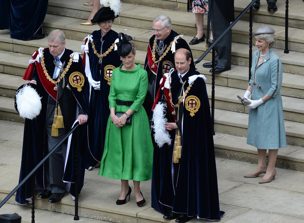 """""""הטלגרף"""" הבריטי הקדיש לה כתבה תחת הכותרת """"למה מייגן מרקל צריכה ללכת בעקבות סופי, רוזנת ווסקס – ה'אאוטסיידרית' שהפכה בשקט לחביבתה של המלכה""""  (צילום: Gettyimages)"""