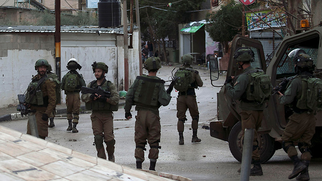 IDF forces operating in Jenin early Thursday (Photo: AFP)