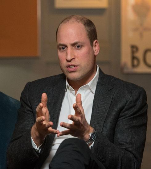 לפני התספורת: הנסיך וויליאם עם שיער מלא בצדי הראש ודליל במרכז (צילום: Gettyimages)