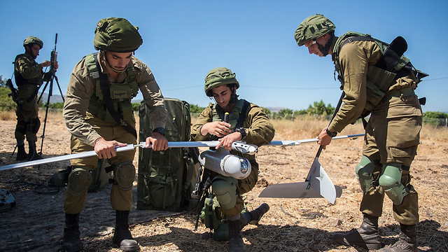 IDF troops operating a drone (Photo: Israel Defense Forces)