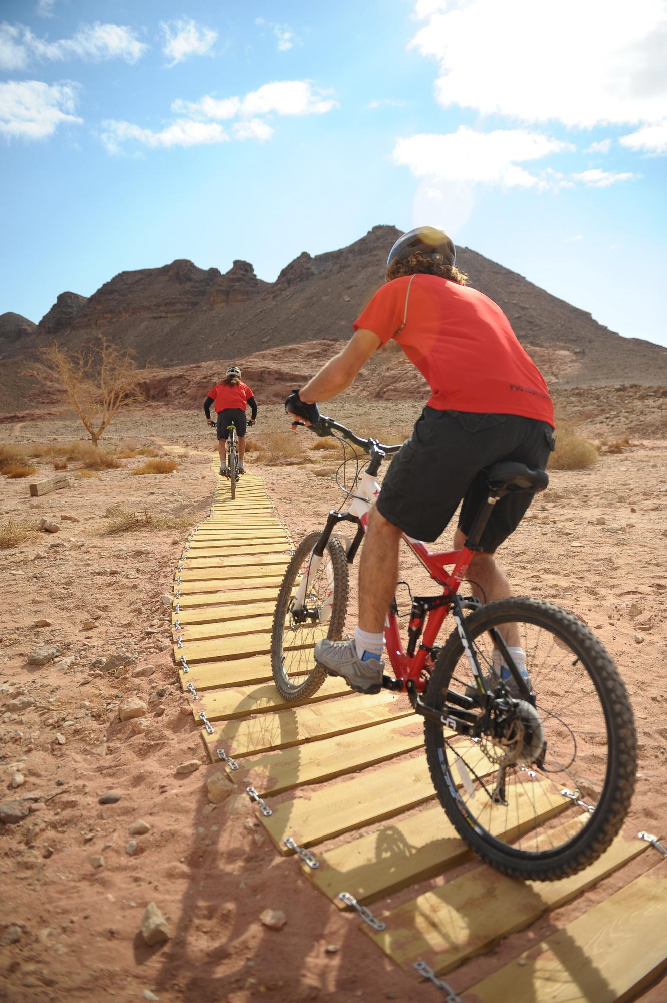 לרוכבי האופניים: סינגל בתמנע (צילום: ארן דולב ) (צילום: ארן דולב )