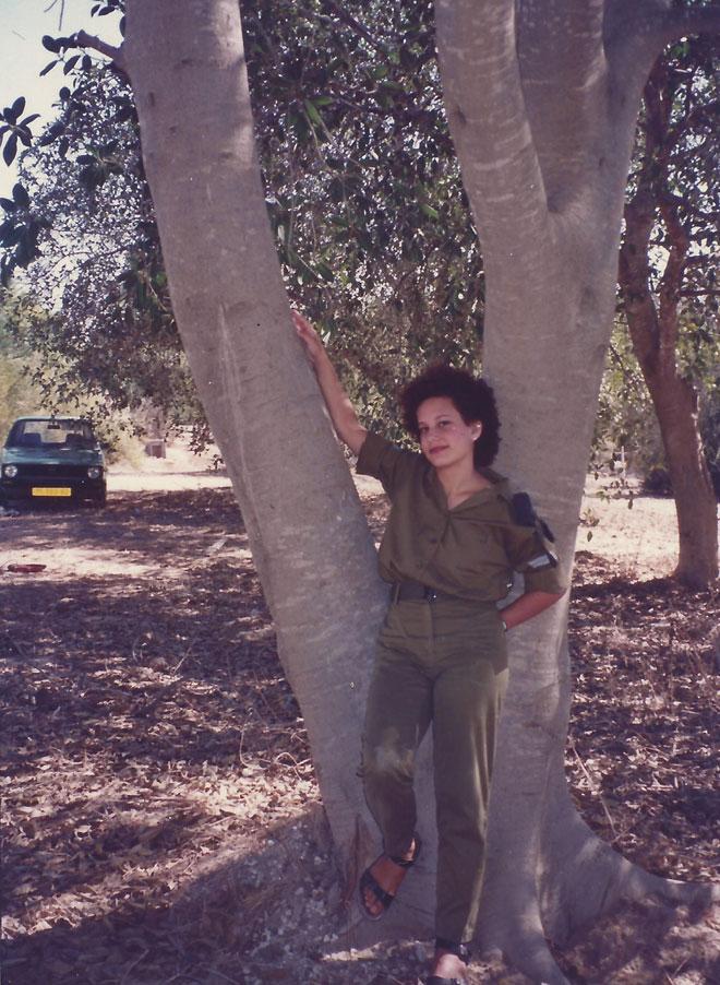 """בצבא. """"השדה החברתי היה מלא מוקשים"""" (צילום: מתוך אלבום פרטי)"""