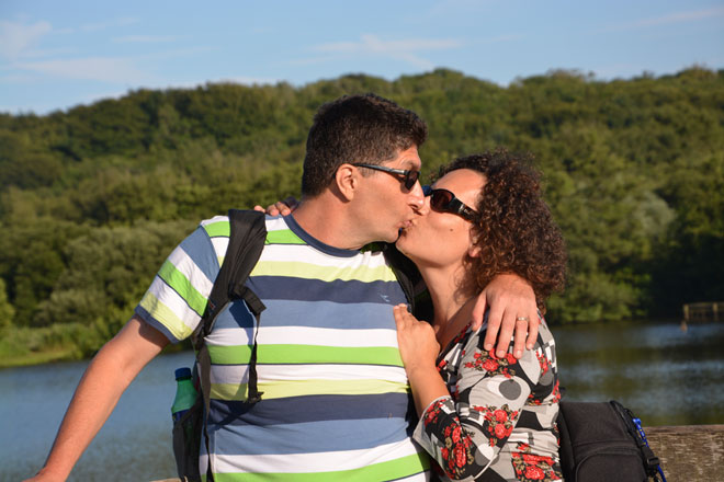 """עם בעלה אלכס. """"אם יספקו לנו את התנאים, נצליח בגדול"""" (צילום: מתוך אלבום פרטי)"""