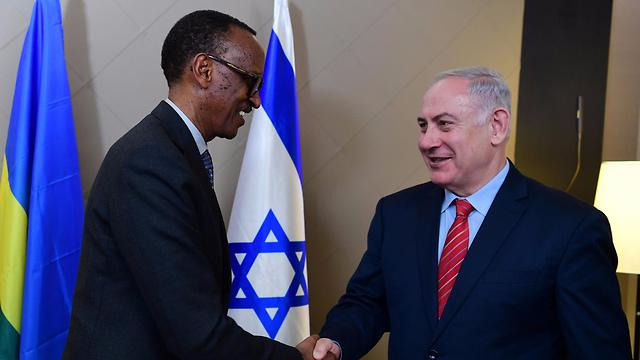"""שיתוף פעולה צבאי ומדיני. קגאמה וראש הממשלה נתניהו (צילום: עמוס בן גרשום לע""""מ) (צילום: עמוס בן גרשום לע"""