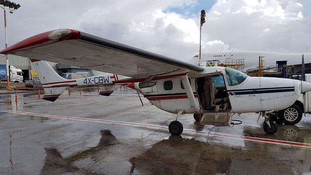 """Самолет """"Мекорот"""". Фото: пресс-служба компании"""