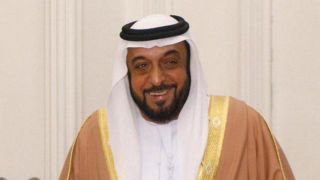 המשיך להנהיג רשמית את ארצו גם לאחר השבץ המוחי ב-2014. ח'ליפה בן זאיד אאל נהיאן (צילום: AP)