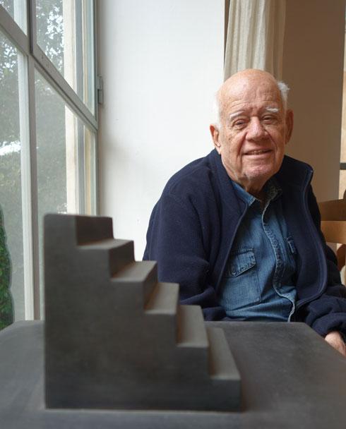 דני קרוון, אתמול בסטודיו שלו בת''א. ''אמנות לא יכולה להשפיע'' (צילום: מיכאל יעקובסון)
