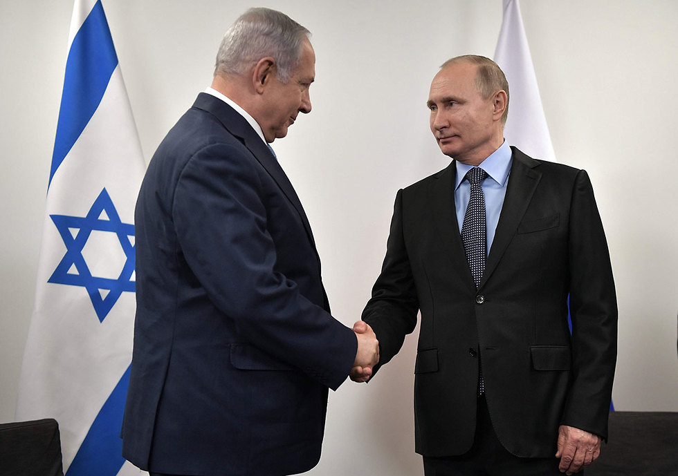 Prime Minister Netanyahu with Russian President Putin. Moscow is prepared to listen to Israel (Photo: AFP)
