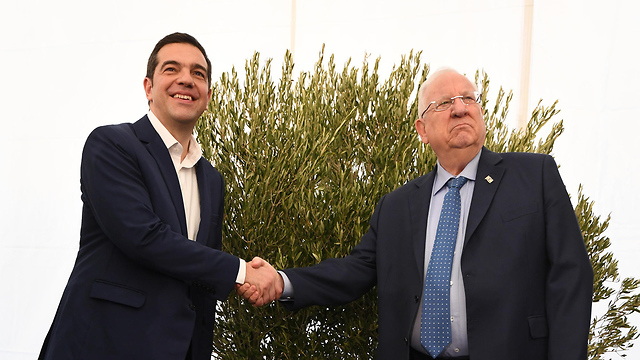 Greek Prime Minister Alexis Tsipras and President Rivlin (Photo: Haim Tzah/GPO)