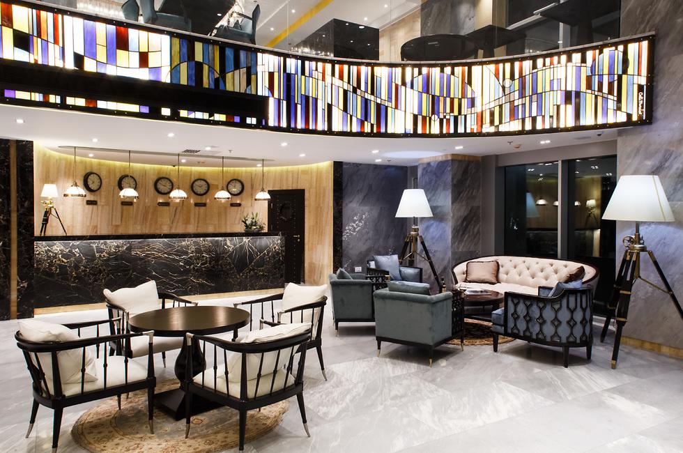 לובי המלון המעוצב (צילום: מדיטרה)