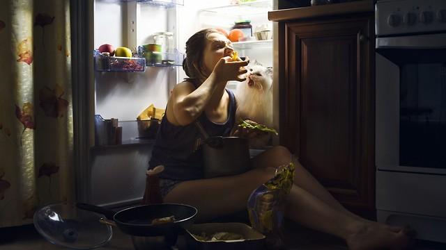 לאכול בלילה ולצום למחרת. שיטה שפחות מומלצת (צילום: shuttrtstock) (צילום: shuttrtstock)