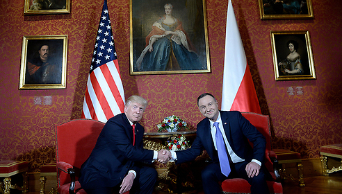 US President Trump (L) with President of Poland Duda (Photo: EPA)