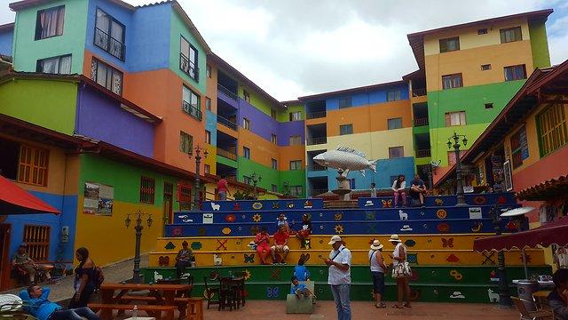 העיירה הצבעונית (צילום: סער יעקובוביץ) (צילום: סער יעקובוביץ)