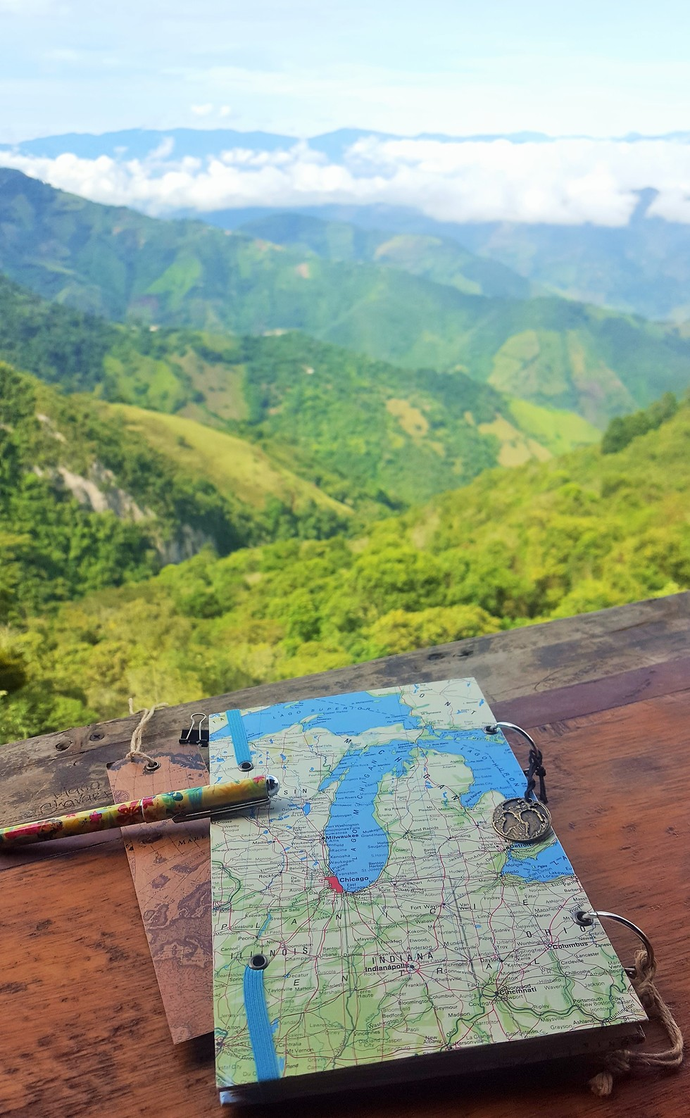 יומן המסע שכתבתי במהלך הטיול (צילום: סער יעקובוביץ) (צילום: סער יעקובוביץ)
