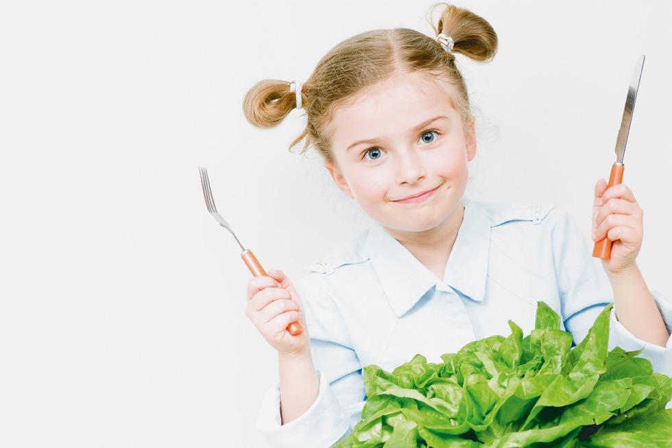 לכמה ברזל הם זקוקים בכל גיל ואילו מזונות יספקו את הכמות הדרושה מדי יום? לחצו לכתבה (צילום: Shutterstock)