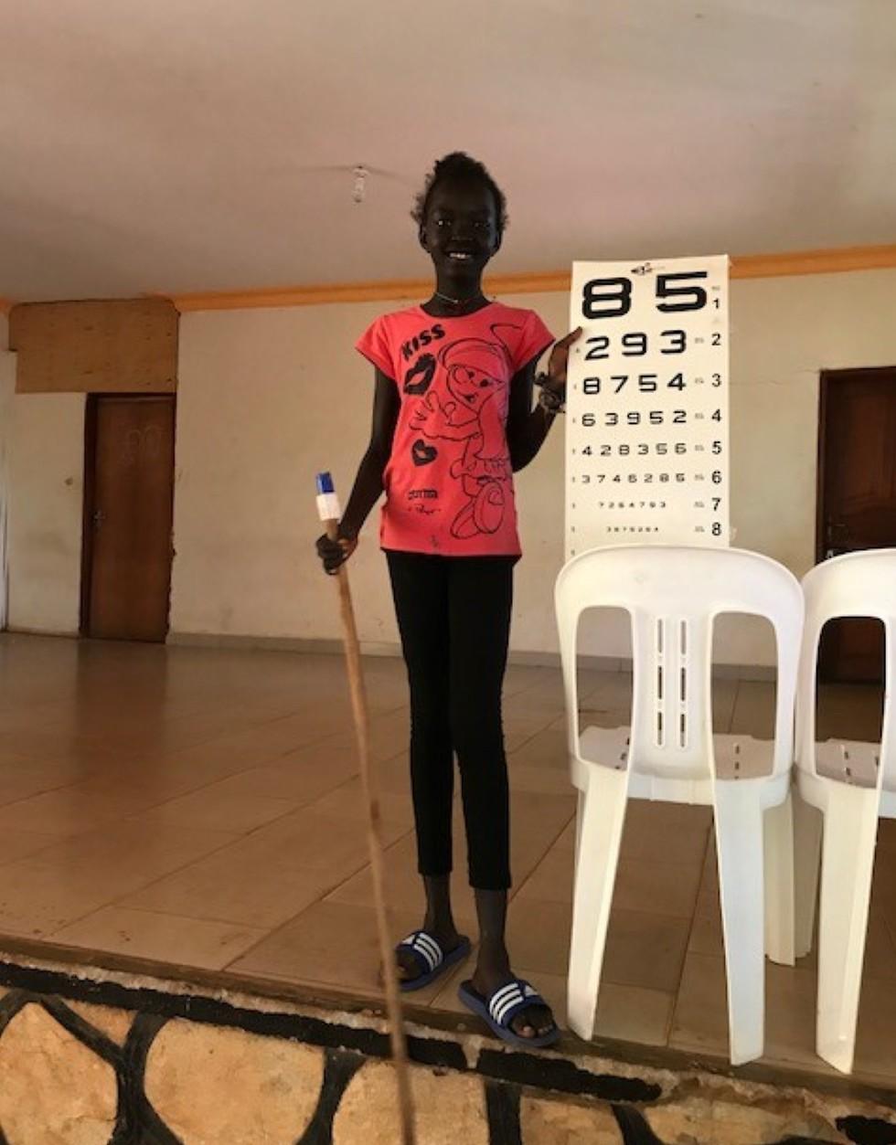 בדיקת ראייה ותקווה לעתיד טוב יותר (צילום: ארזה פרוכטר) (צילום: ארזה פרוכטר)