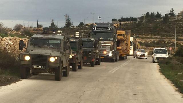 Forces arrive at outpost (Photo: Netiv Ha'avot)