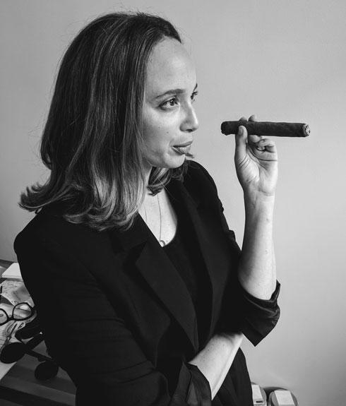 """""""אנחנו משתדלות לא להיות פוליטיות מדי, אבל נשים שעוזרות לנשים הן ערך הליבה של המותג, כמו גם משימה שקרובה לליבי"""". דניאל (צילום: מתוך beckysiegelphotography.com)"""