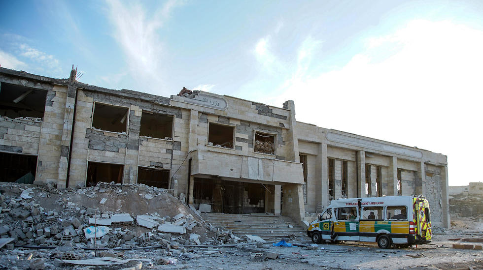The destroyed hospital of Kafr Nabl in Idlib (Photo: EPA)