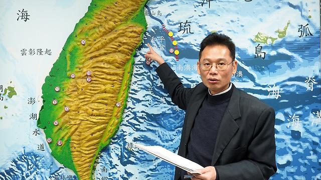 נזק נגרם לבניינים. מוקד הרעידה בטייוואן (צילום: EPA) (צילום: EPA)