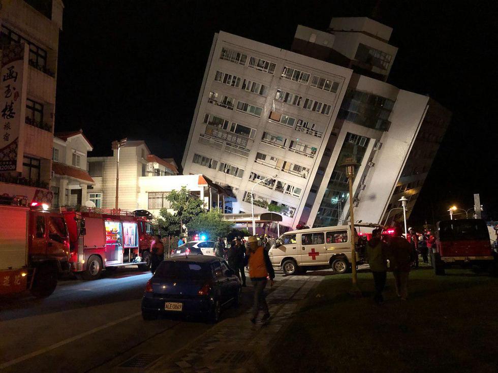 מלון התמוטט. נזקי רעידת האדמה בטייוואן (צילום: ברק גבע) (צילום: ברק גבע)