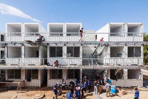 המדריך השלם למגורים במכולות (צילום: אביעד בר נס)