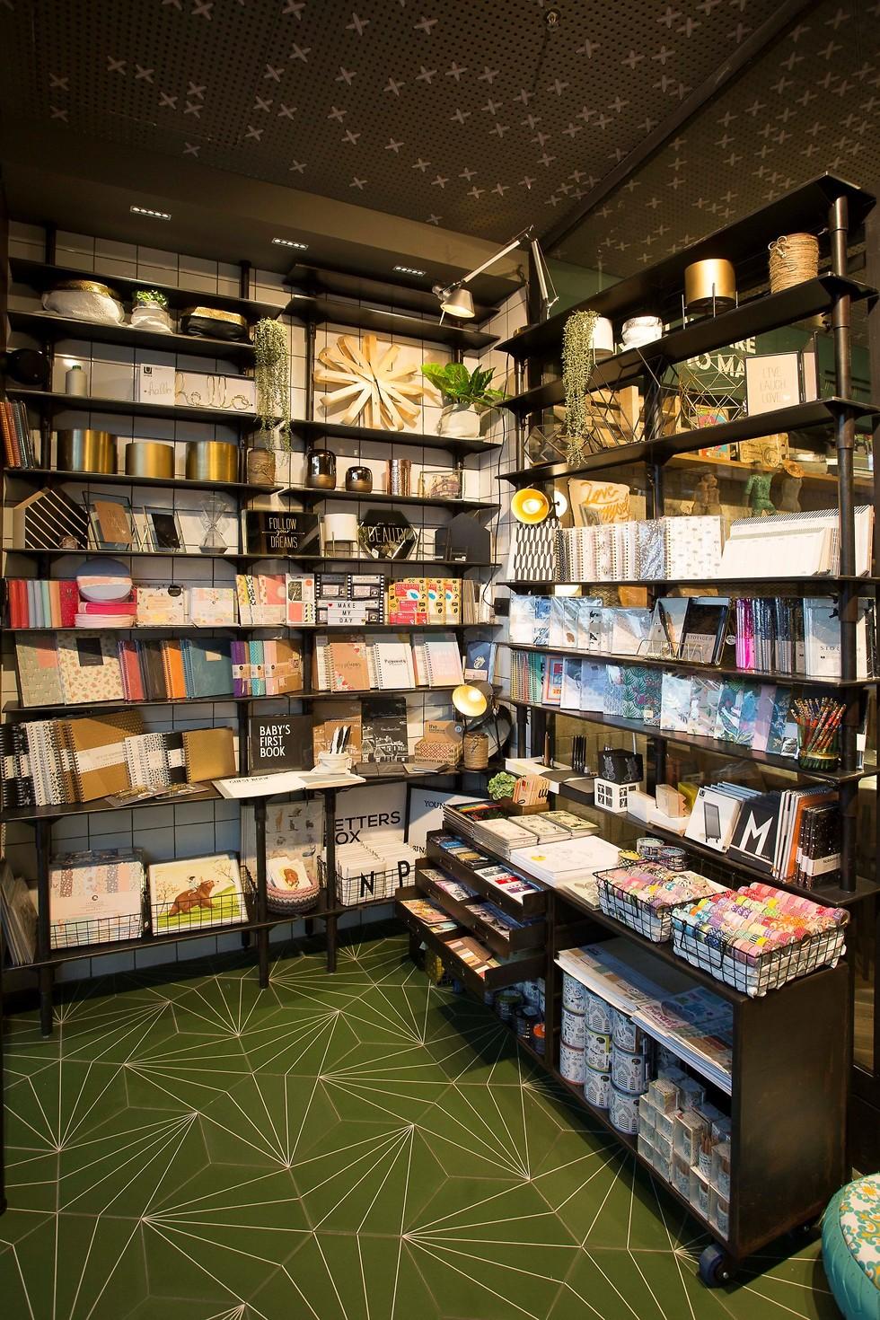 חנות מוצרי העיצוב. מייקרס (צילום: ירון וינברג) (צילום: ירון וינברג)