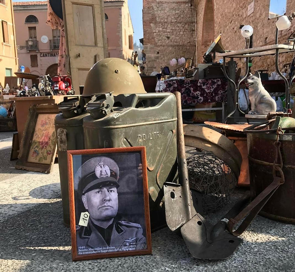Photo of Benito Mussolini on sale at Verona flea market (Photo: AP)