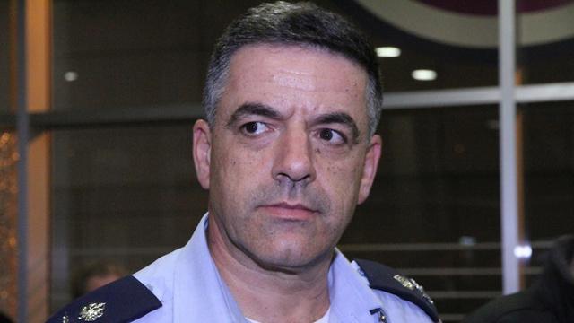 """מפקד חיל האוויר בביקורו ברמב""""ם (צילום: זהר שחר)"""