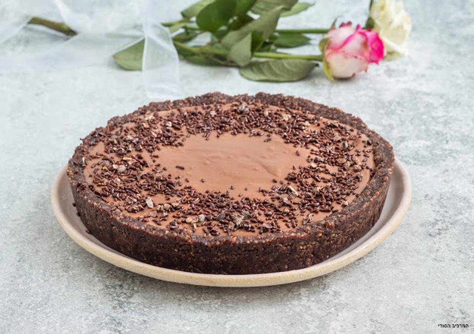 Романтический шоколадный торт. Фото: Ольга Тухшер