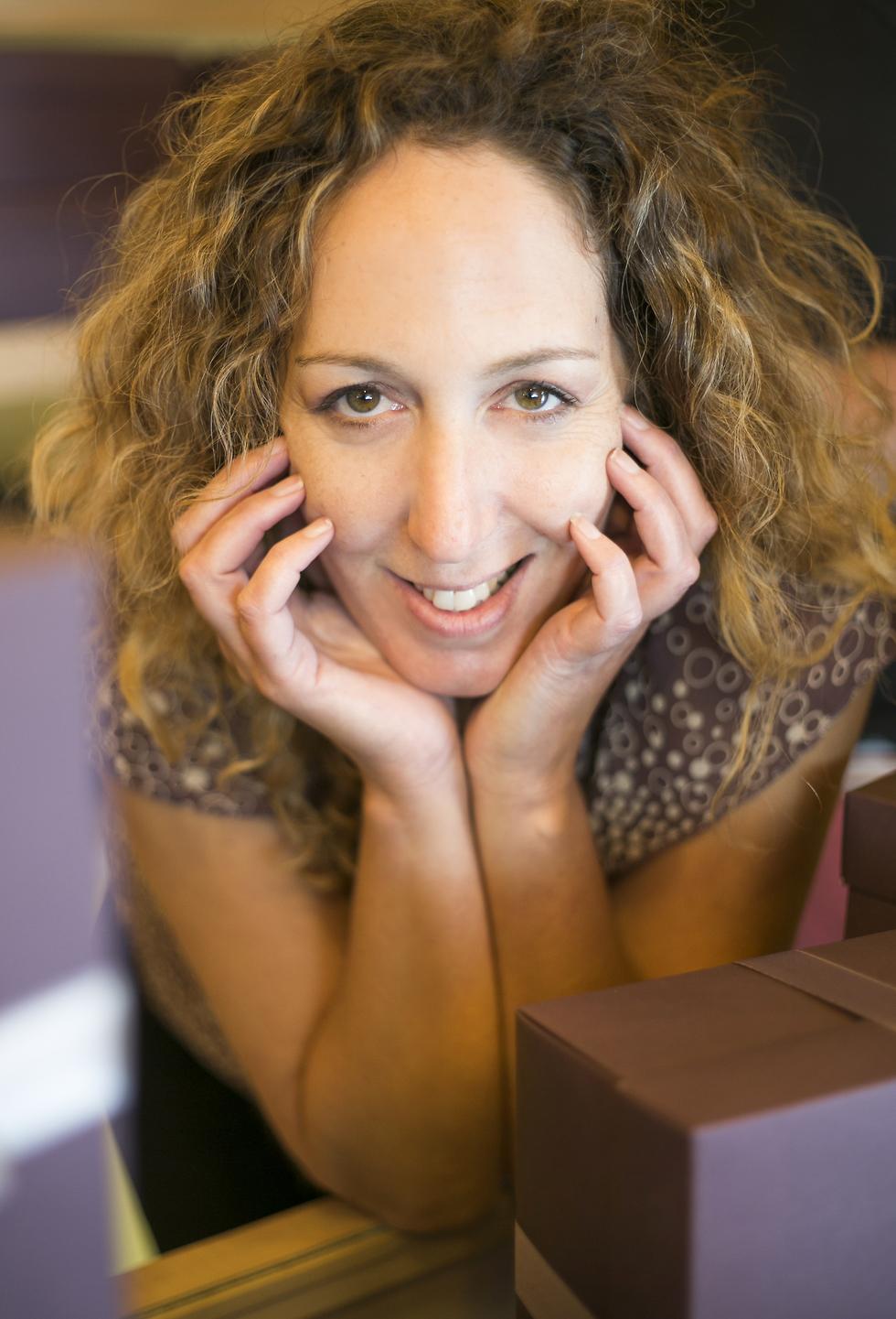 """איקה כהן מספרת על שוקולד (צילום: יח""""צ) (צילום: יח"""