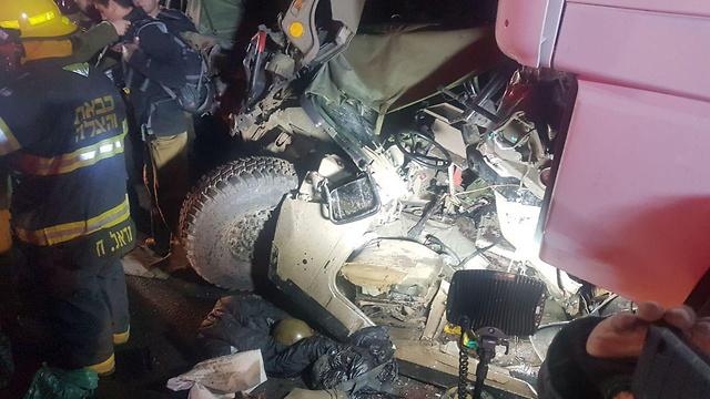 זירת התאונה, אמש בכביש 6 ()