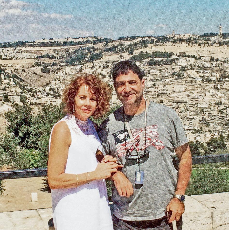 איל פלד וטרי גונזלס־מרשל