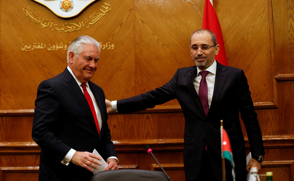 Tillerson with Jordan's Foreign Minister Ayman Safadi (Photo: Reuters)