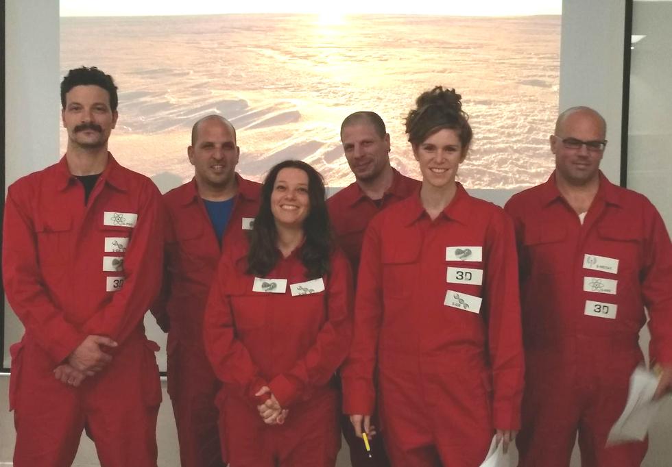 המשתתפים בפרויקט D-Mars במכתש רמון (צילום: פרויקט D-MARS) (צילום: פרויקט D-MARS)