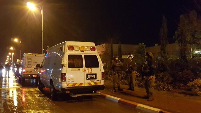 Emergency services in Sha'ar HaNegev (Photo: Roee Idan)