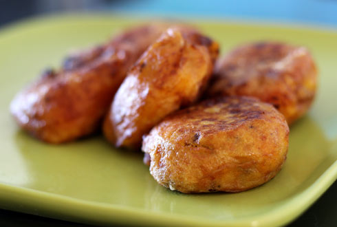 בסטיל – קציצות תפוחי אדמה ממולאות בשר (צילום: דפנה אוסטר מיכאל)