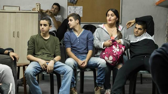 חלק מהשחקנים חניכים לשעבר של הבמאי (צילום: ורד אדיר) (צילום: ורד אדיר)