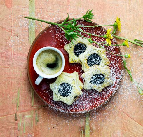 עוגיות פרג שאפשר להכין במגוון צורות (צילום: דן לב, סגנון: פסי ברניצקי)
