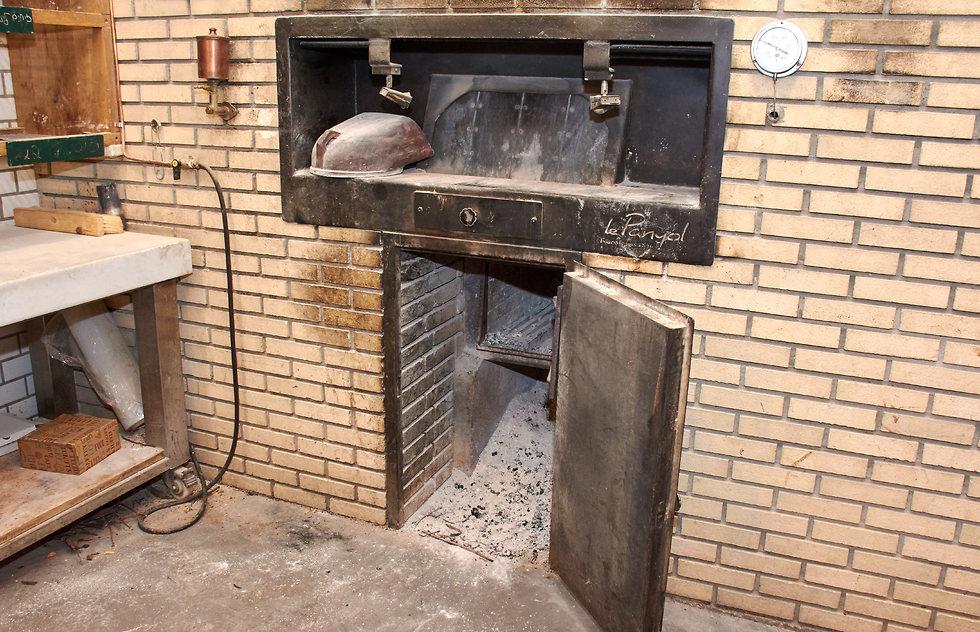 התנור המיוחד (צילום: Tom Langford Photography) (צילום: Tom Langford Photography)