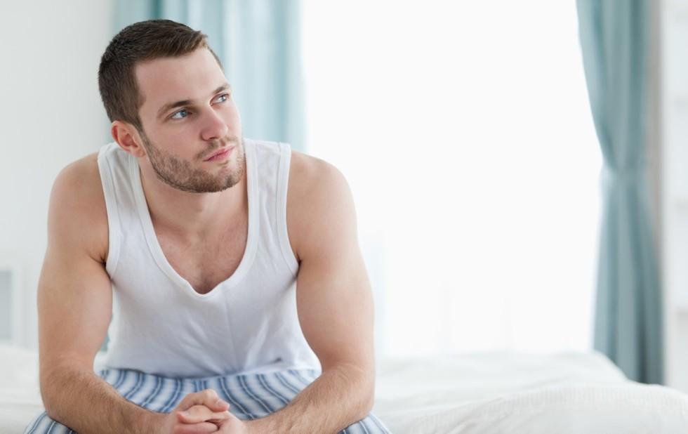 יצירת מחוייבות לשיגרת האימונים תעזור לכם לקום מהספה  ()