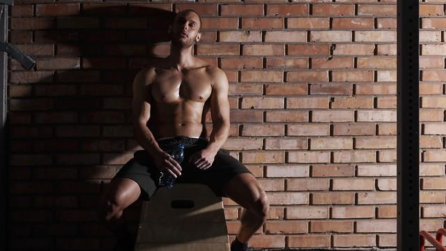 תנו לשרירים את המנוחה לה הם זקוקים ()