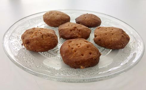 עוגיות טחינה וחמאת בוטנים  (צילום: אבירם פלג)