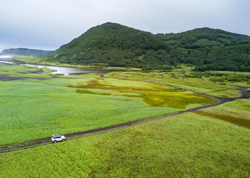 אל השדות הירוקים (צילום: אורי מגנוס) (צילום: אורי מגנוס)