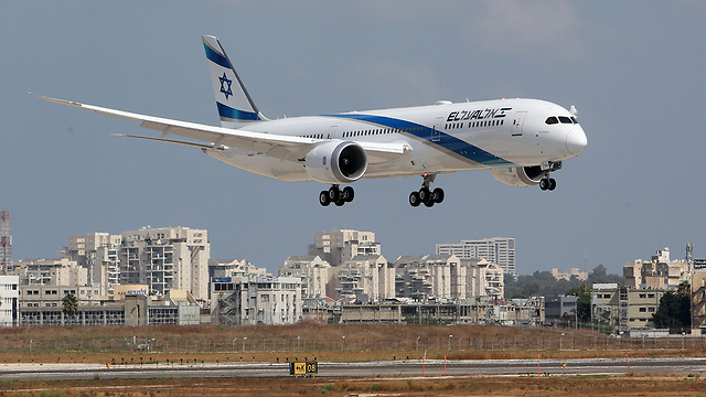 El Al plane (Photo: Shaul Golan)